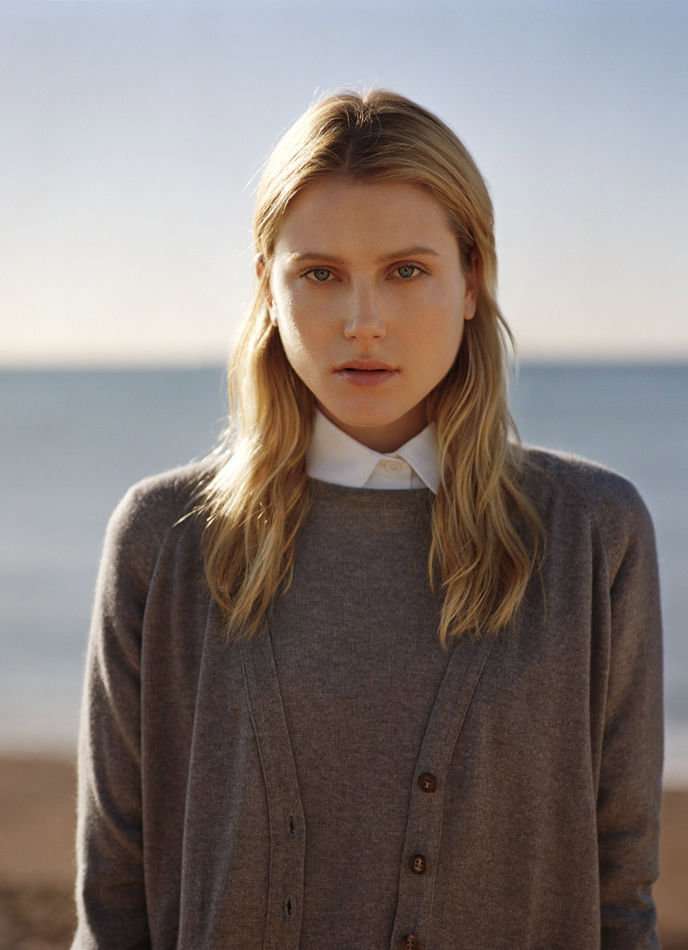Mhcampaign2 Margaret Howell Spring 2011 Campaign | Dree Hemingway by Alasdair McLellan