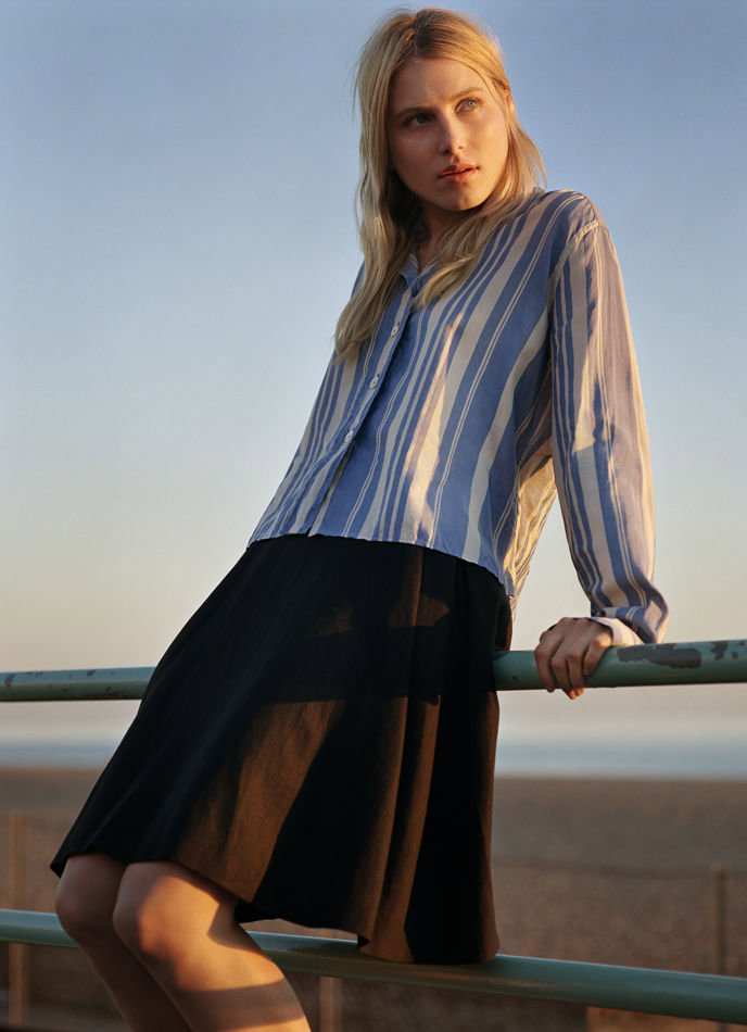 Mhcampaign3 Margaret Howell Spring 2011 Campaign | Dree Hemingway by Alasdair McLellan