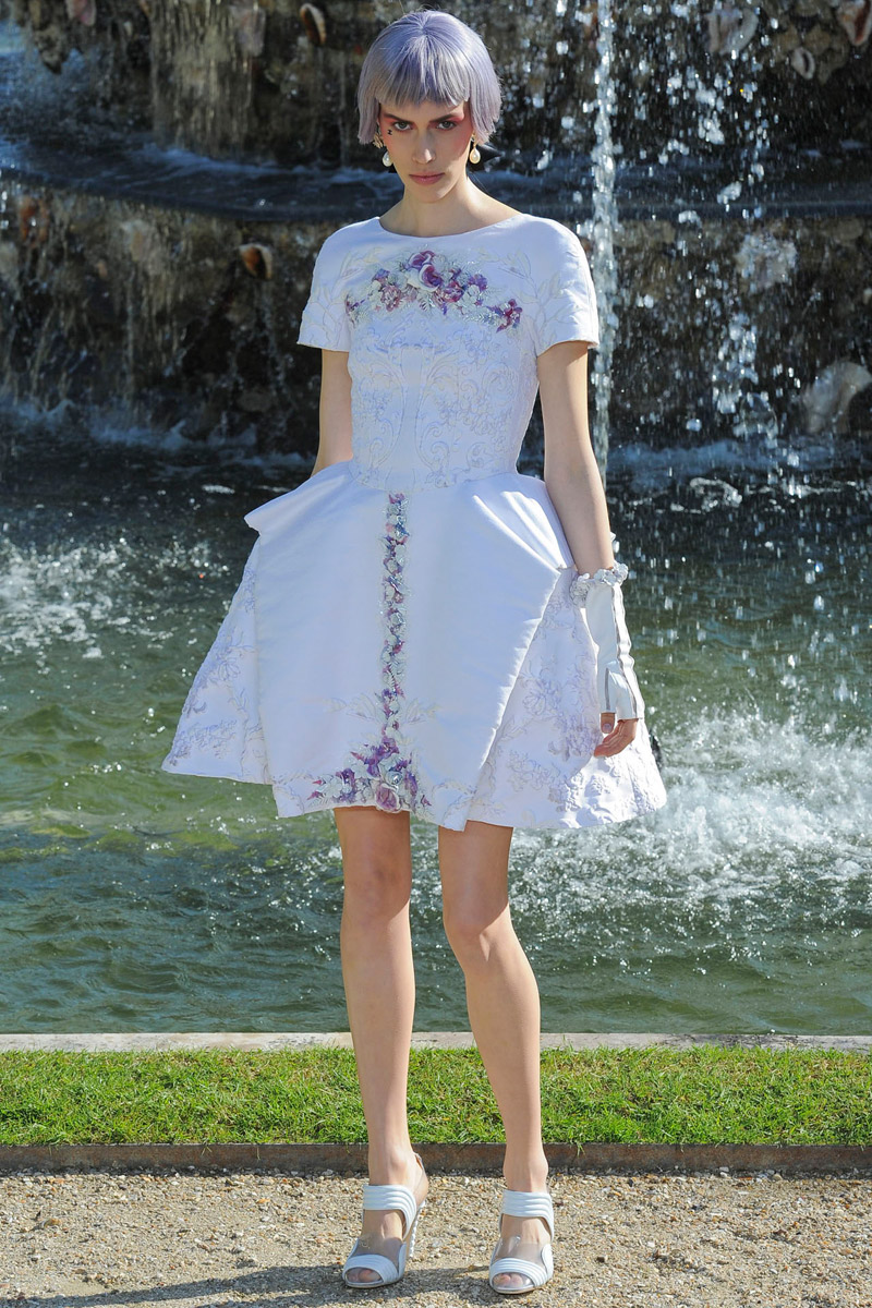 Chanel-rtw-resort-57_180830817869