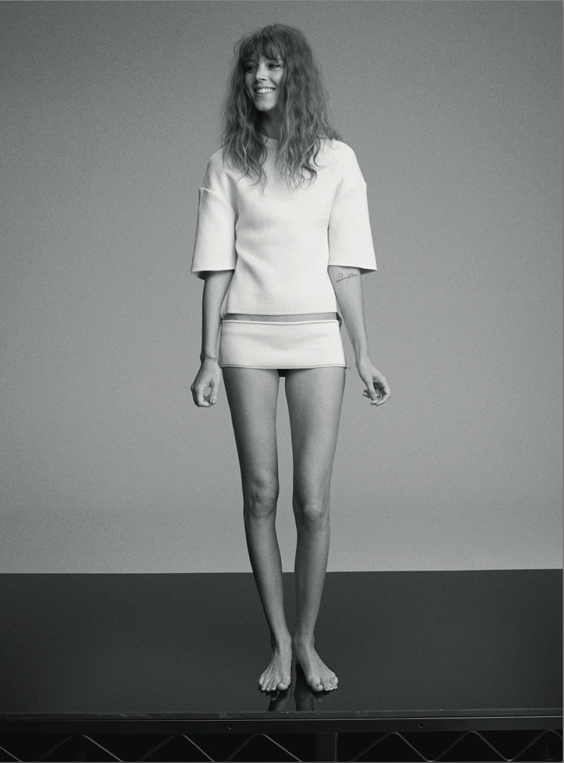 Freja-Beha-Erichsen-By-Benny-Horne-For-Russh-June-July-2014-2