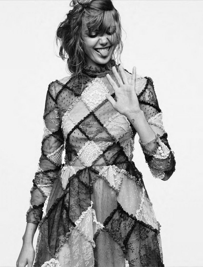 Frida-Gustavsson-By-Stefan-Heinrichs-For-Glamour-France-October-2014-11-1