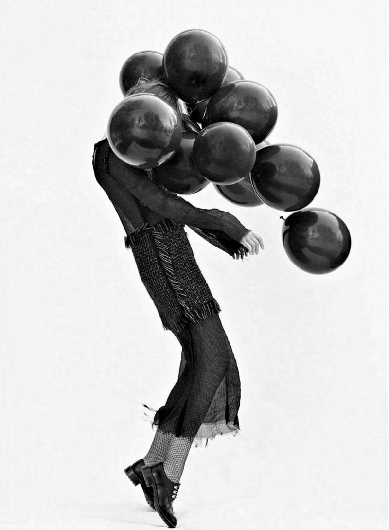 Frida-Gustavsson-By-Stefan-Heinrichs-For-Glamour-France-October-2014-18